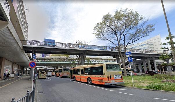 藤沢駅 バス乗り場 風景