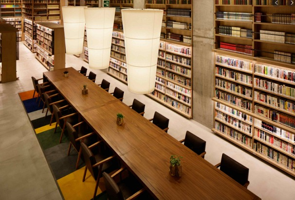 海老名中央図書館風景③
